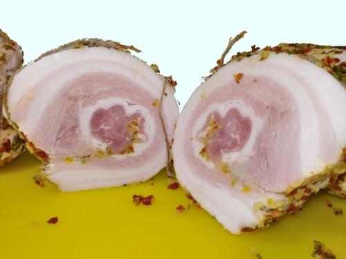 Рулет Нежный из свиной грудинки