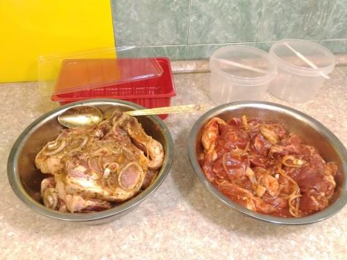 Корейка на кости по-кавказски для гриля и шашлыка