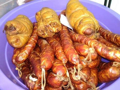 Полтавская - копченая колбаса из свинины (не жирная)